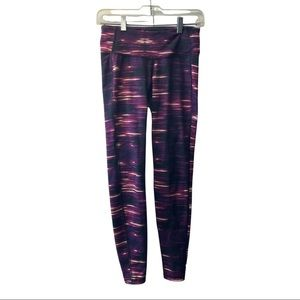OLD NAVY active leggings size small multi coloured